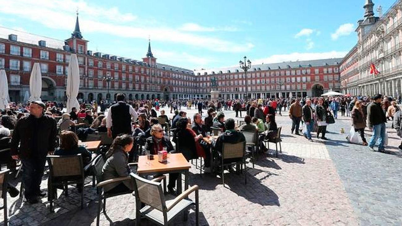 España recibió 3,9 millones de turistas internacionales en enero, un 10,7% más