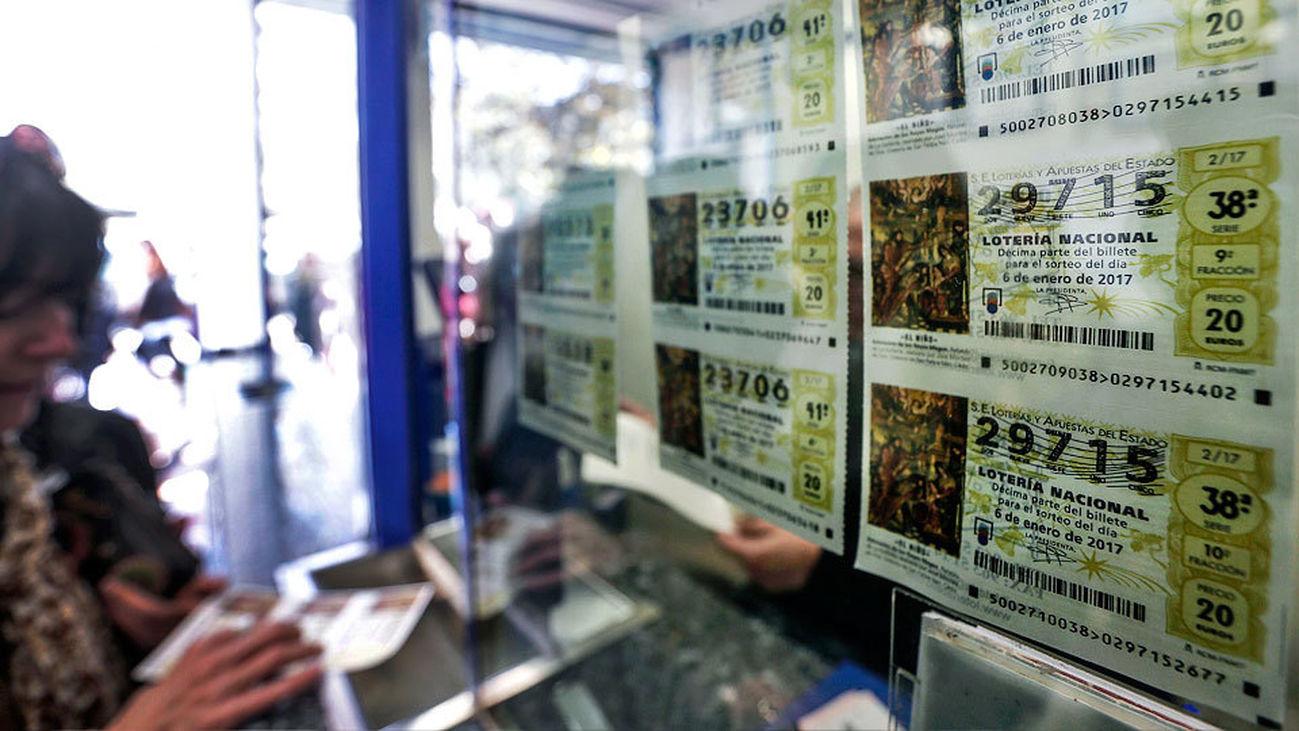 Décimos del Sorteo del Niño, a la venta en una administración de Lotería