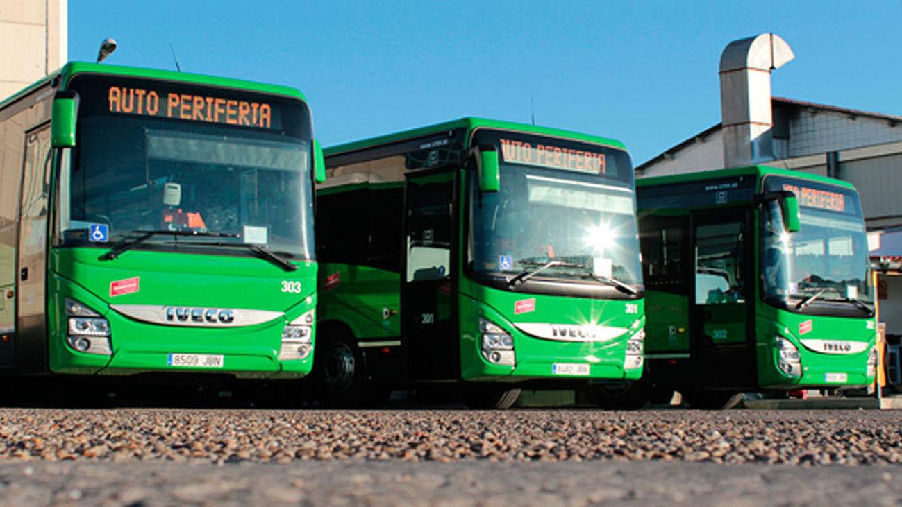 Dársena de la empresa de autobuses Auto Periferia de Madrid, que presta servicio al Consorcio Regional de Transportes de Madrid