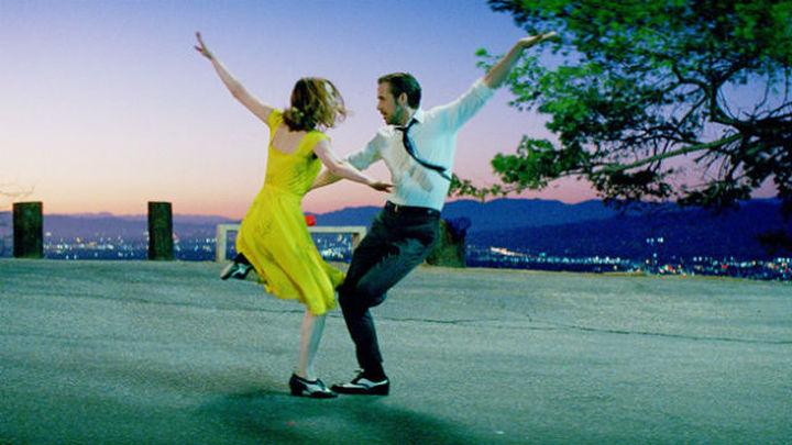 El musical 'La La Land' busca en los Globos de Oro el impulso definitivo