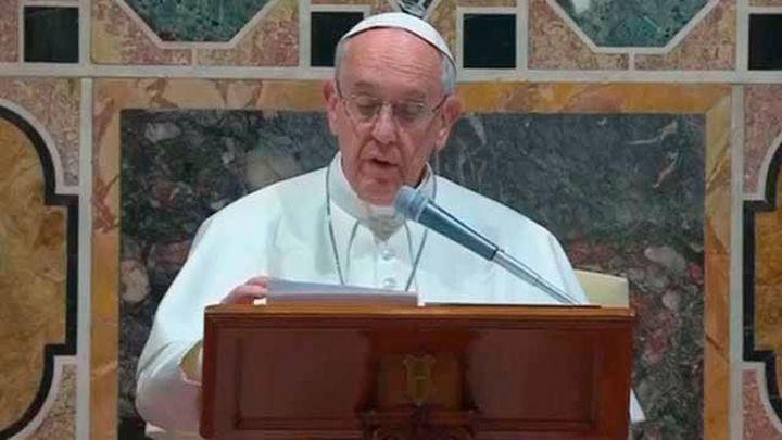 El Papa pide a los líderes religiosos que rechacen la locura homicida del terrorismo