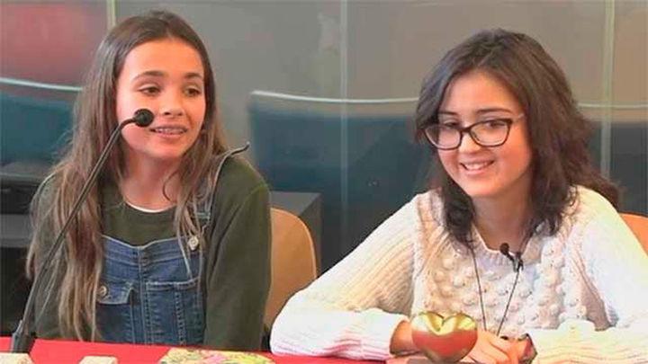 Daniela y Mariona: De un puñado de pulseras a un millón de euros para investigar el cáncer infantil