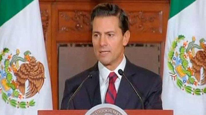 """Peña Nieto rechaza las amenazas de Trump a inversores y reitera que """"no pagará"""" el muro"""