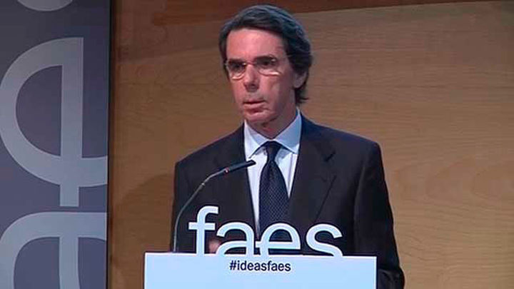 """Aznar: """"España es tarea de todos y no solo de algunos"""""""