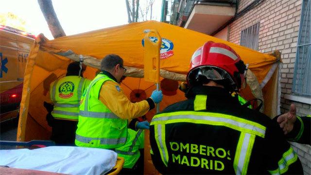 Samur y Bomberos de Madrid en el lugar del suceso