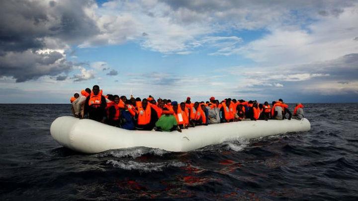 Al menos 90 inmigrantes desaparecidos tras un naufragio en las costas de Libia
