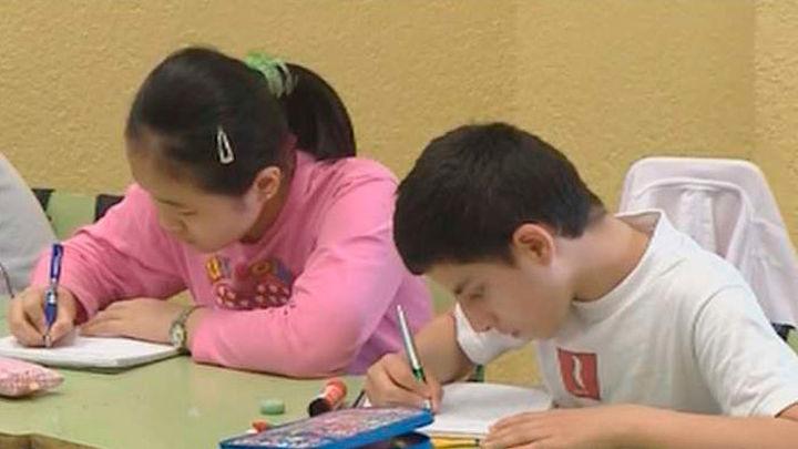 El pacto educativo de la Comunidad facilitará a los padres ir a las tutorías