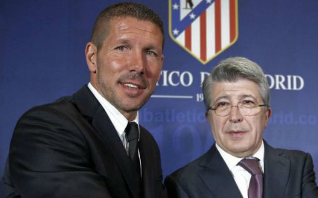 Diego Simeone y Enrique Cerezo