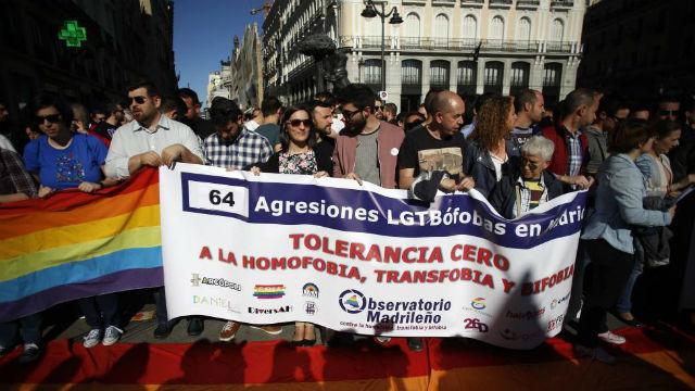 Manifestación contra las agresiones homófobas