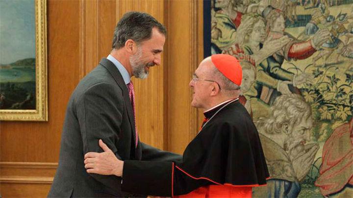 El Rey recibe en audiencia al arzobispo de Madrid, Carlos Osoro