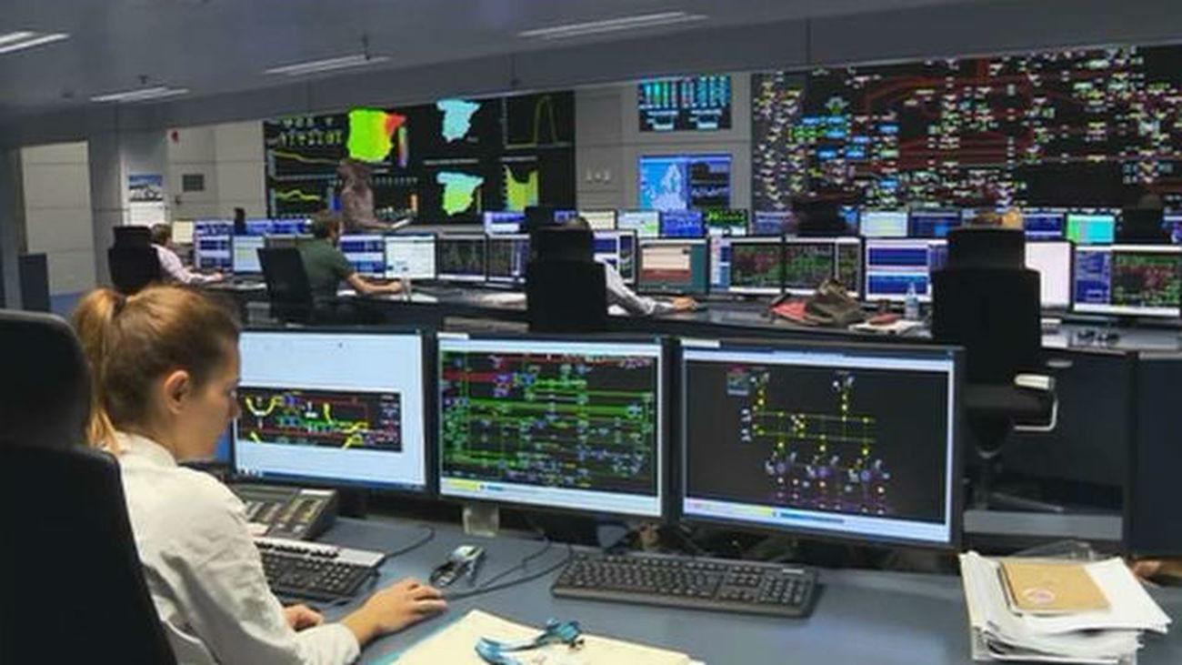 La electricidad vuelve a subir este viernes y alcanzará nuevos máximos desde 2013