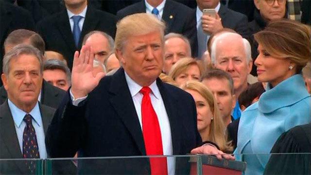 El nuevo presidente de Estados Unidos, Donald Trump jura su acrgo