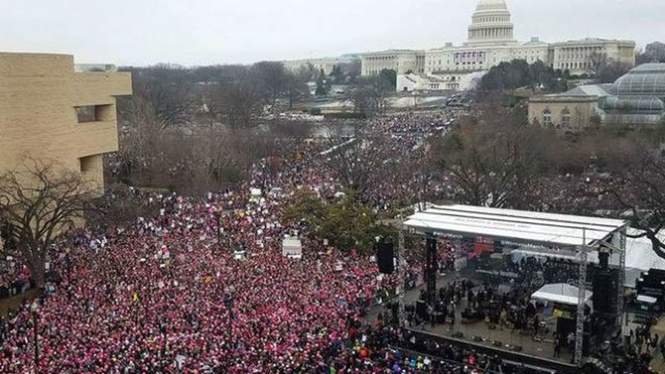 Centenares de miles de personas en la 'Marcha de las Mujeres' contra Trump