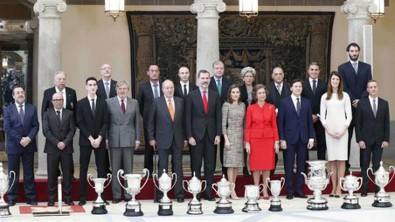 Beitia, Iniesta y la FEB, Premios Nacionales del Deporte