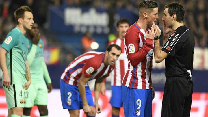 1-2. El Atlético peleó hasta el final, pero cae ante el Barça