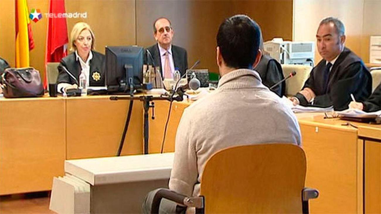 El fiscal mantiene 71 años de cárcel para el exprofesor de Vallmont