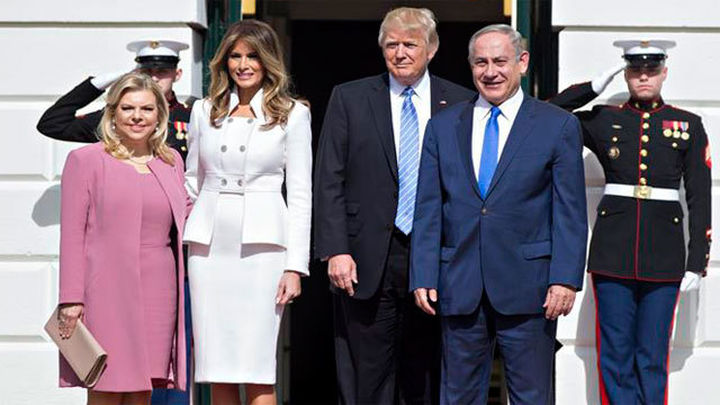 """Trump abre la puerta a una solución """"de un Estado"""" entre Israel y palestinos"""