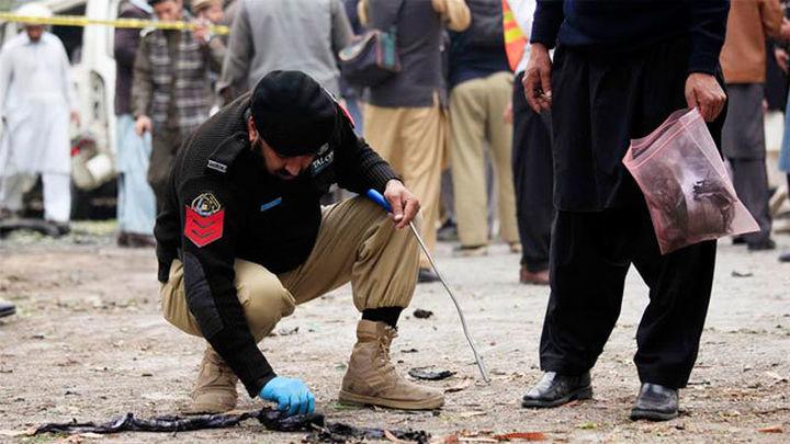 50 muertos en el atentado de Estado Islamico en un templo sufí de Pakistán