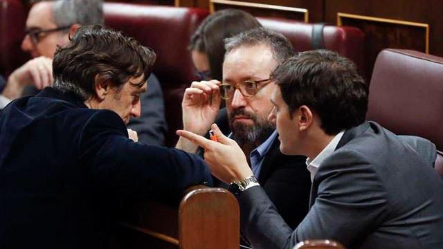 Ciudadanos insta al PP a apartar al presidente  de Murcia y a proponer otro candidato