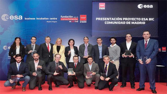 Participantes en el proyecto de incubadora aeroespacial