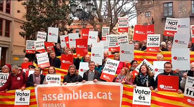 Independentismo en la Plaza del Rey