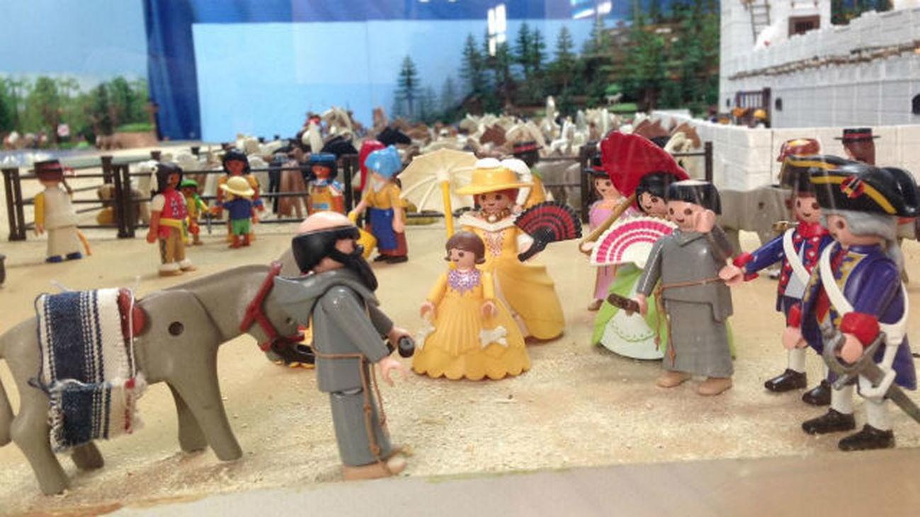 Miles de juguetes antiguos y de colección en el Mercado del Juguete de Madrid