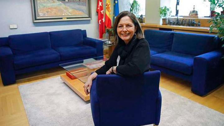 Paloma Adrados, orgullosa de presidir el Parlamento más transparente de España