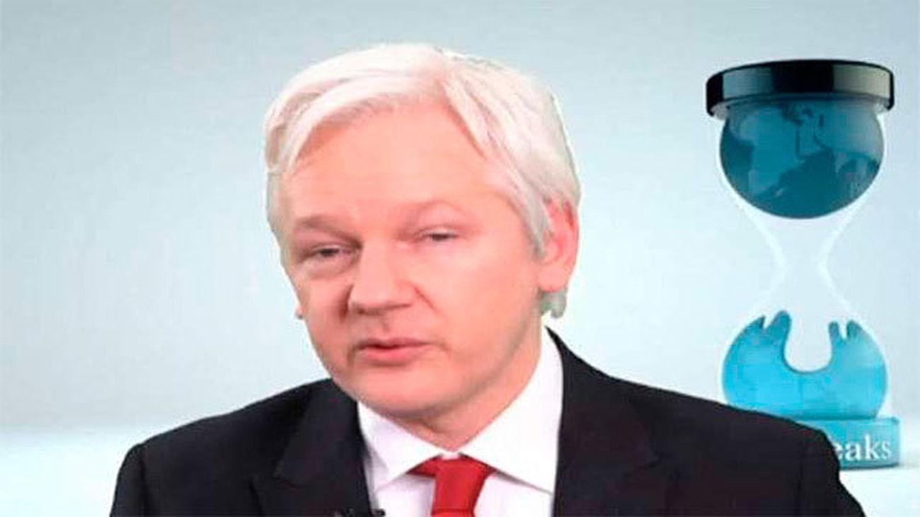 "Assange dice que la CIA ""ha perdido el control"" del arsenal armas cibernéticas"