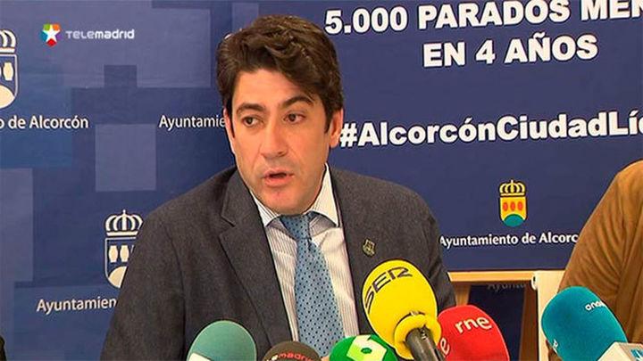 """David Pérez acusa a Colau de """"allanar el recorrido a los asesinos"""" al no poner bolardos"""
