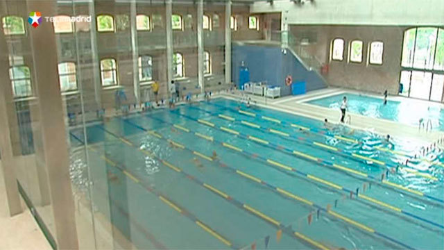 Cierra la piscina del lago por obras de remodelaci n en la for Piscina de lago madrid