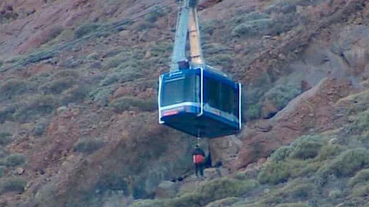 Finaliza la evacuación de 111 personas que pasaron la noche en el Teide