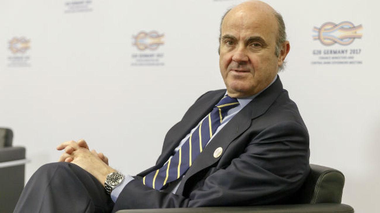 """De Guindos valora que se llegara a un """"acuerdo en los principios"""" en el G20"""