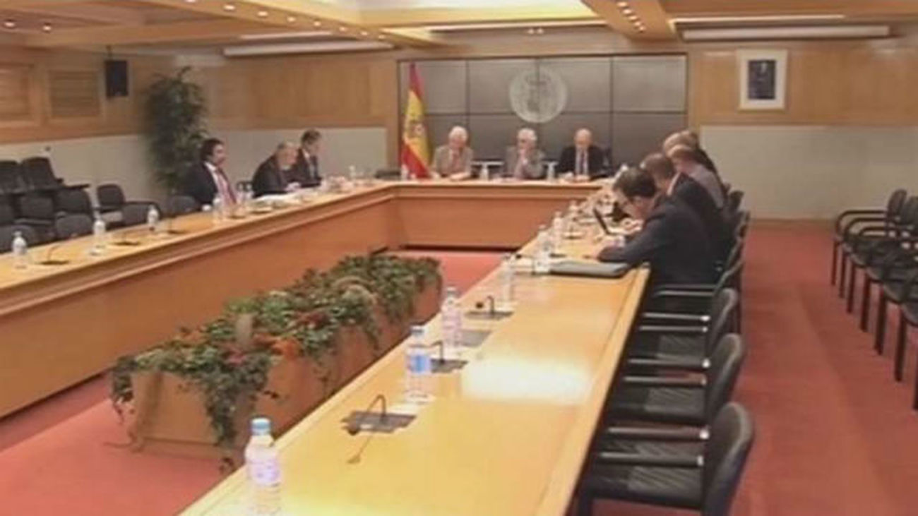La estiba retoma la negociación tras el 'no' del Congreso al decreto del Gobierno