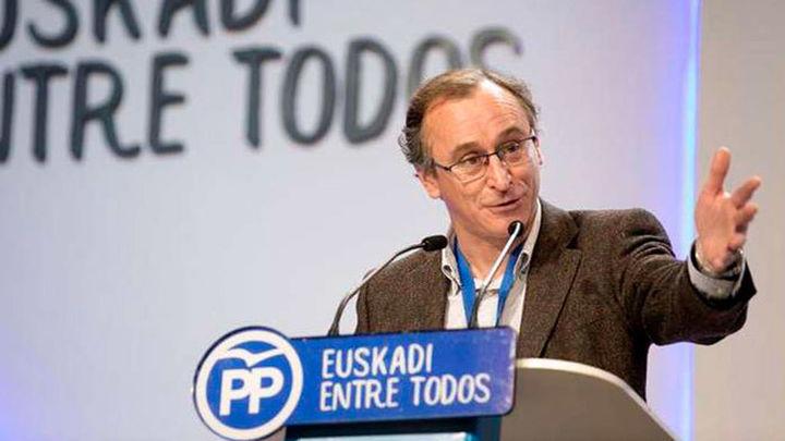 """Alonso pide a Urkullu que """"rectifique"""" su propuesta sobre los presos etarras"""