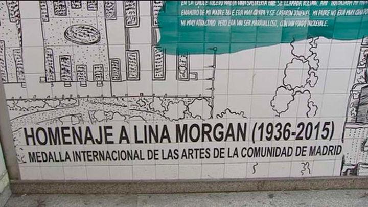 La estación de Metro de La Latina estrena el mural homenaje a Lina Morgan