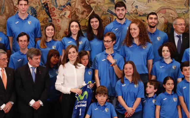 La Reina Letizia recibe al Estudiantes