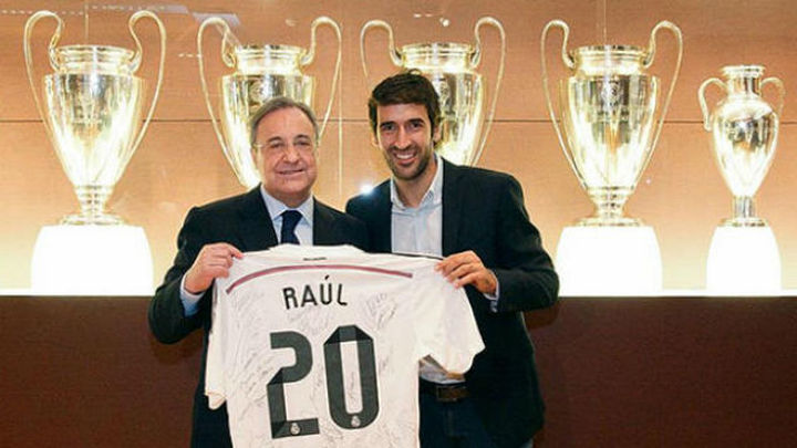 """Raúl: """"Si vuelvo a España donde trabajaré será en el Real Madrid"""""""