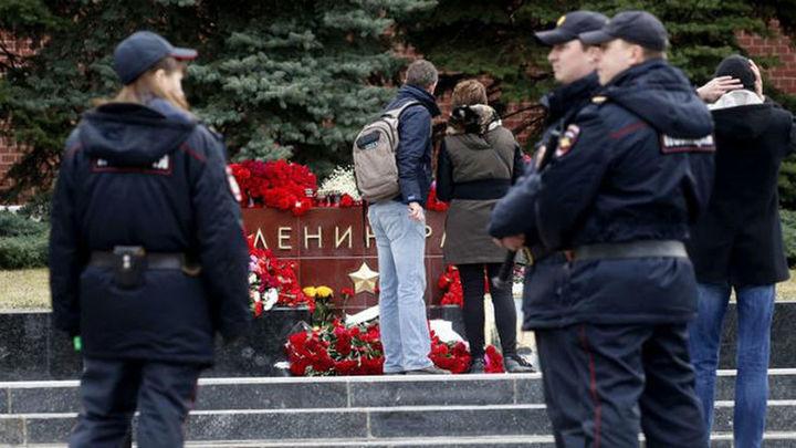 Desactivan una bomba en la casa de San Petersburgo donde vivían los cómplices del suicida