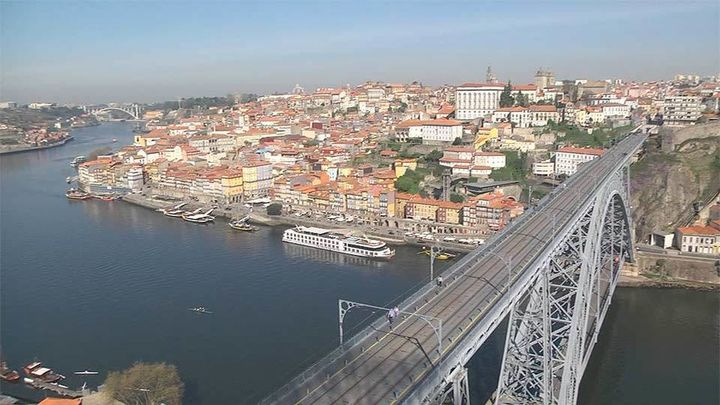 Oporto, donde la nostalgia se vuelve majestuosa