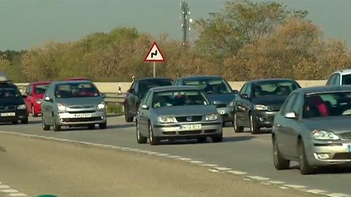 Se reducen las complicaciones en las salidas de Madrid en una jornada complicada
