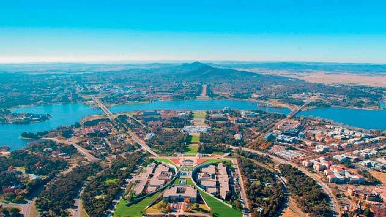 Madrileños por el mundo visita Canberra