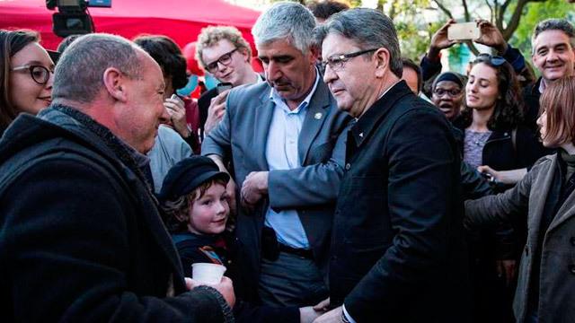 El candidato izquierdista Jean-Luc Mélenchon