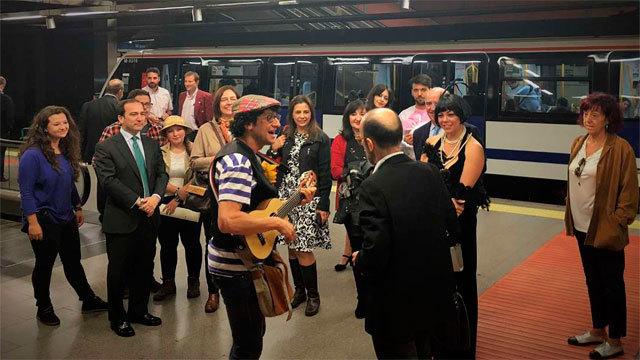 Micro teatro en el Metro