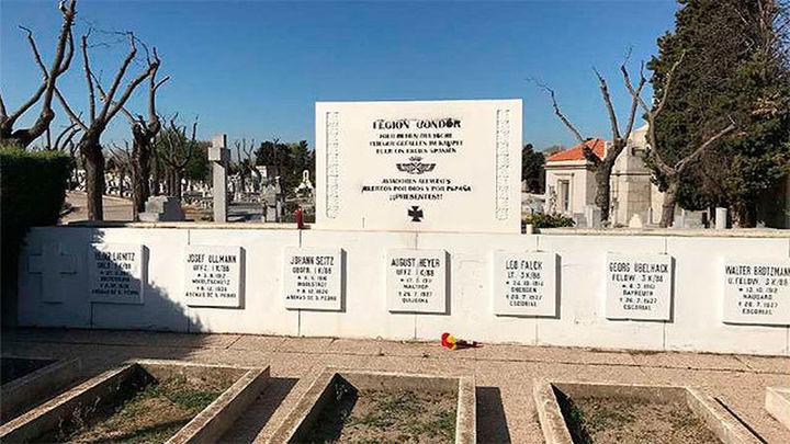 Un minuto de silencio bajo el Árbol de Gernika 80 años después de su bombardeo