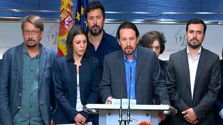 Pablo Iglesias insta al PSOE a derribar a Rajoy con una moción de censura