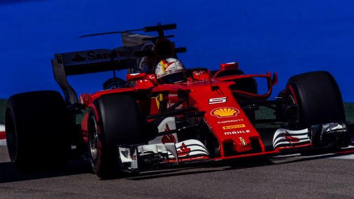 GP Rusia: Vettel, el más rápido en los libres; Alonso 12º y Sainz 15º