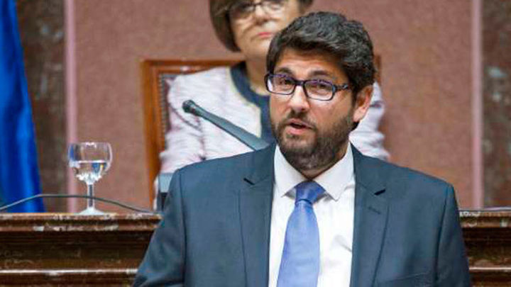 López Miras, elegido presidente de Murcia con la abstención de Ciudadanos