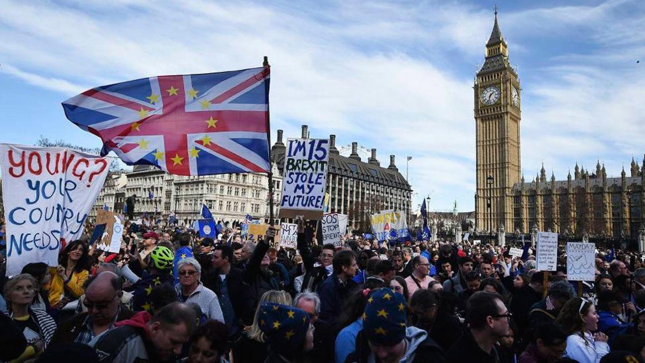 Brexit, ¿y ahora qué?, tema de análisis en Reporteros 360