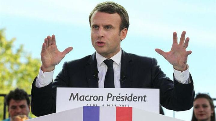 Macron, si gana, quiere presidir, no interferir en el día a día del Gobierno