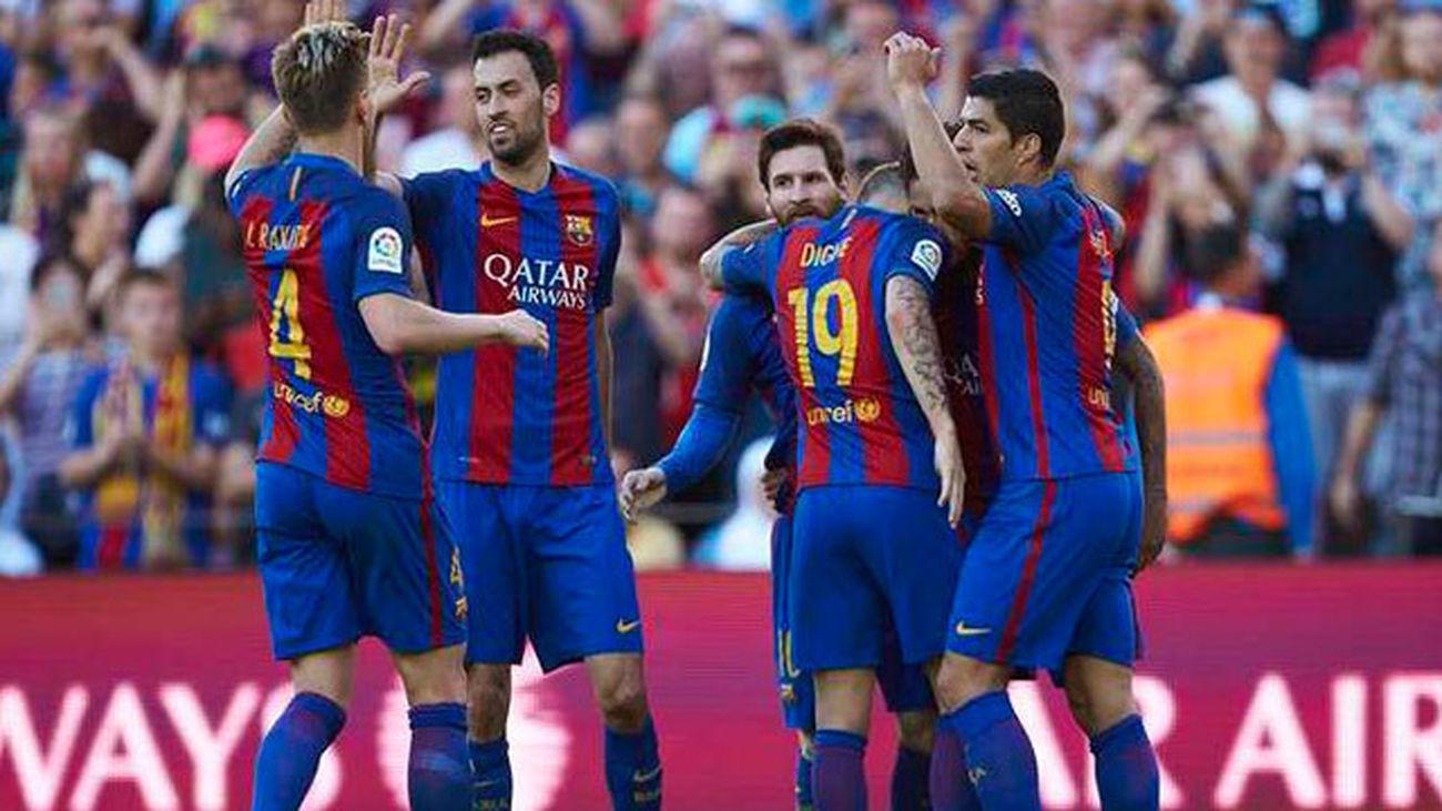 El Barcelona vence con comodidad al Villareal